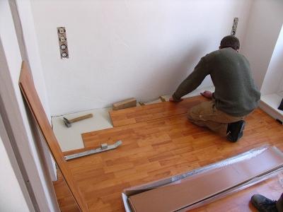 Böden verlegen Bodenbeläge Parkett Laminat PVC Maler Fußboden Fußböden Laminat verlegen Kosten Bodenleger