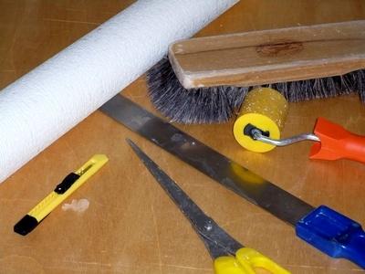 tapezierarbeiten tapezieren kosten tapezierer. Black Bedroom Furniture Sets. Home Design Ideas
